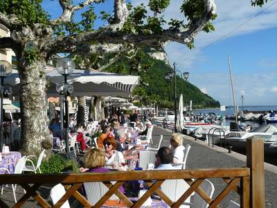 Lakeside restaurant at Garda