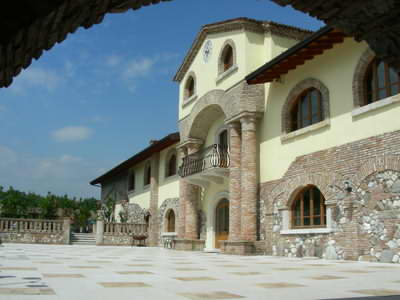 Some agriturismos can be quite fancy and large