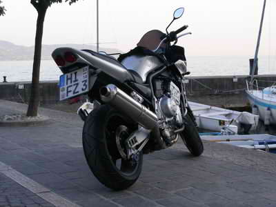 You find loads of bikes all around Lake Garda