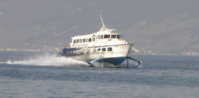 Hydrofoil at speed!