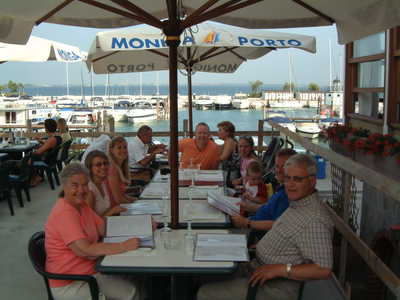 A family meal at Moniga port