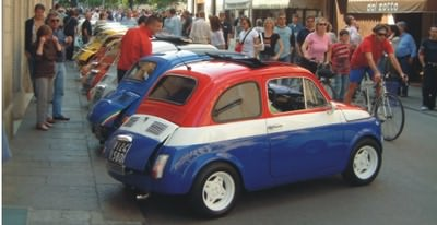 A local Fiat 500 rally provided a big buzz!