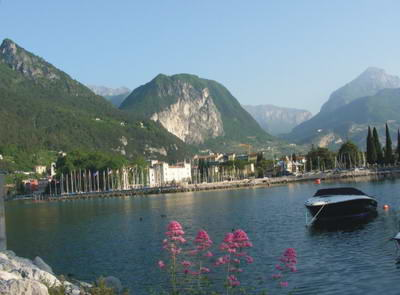 Riva has a dramatic setting and scenic lakeside.